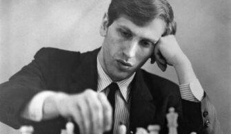 Amerikalı Dünya Satranç Şampiyonu Robert James 'Bobby' Fischer