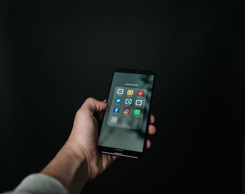 Sosyal Medya ve Arkasındaki Sinsilik