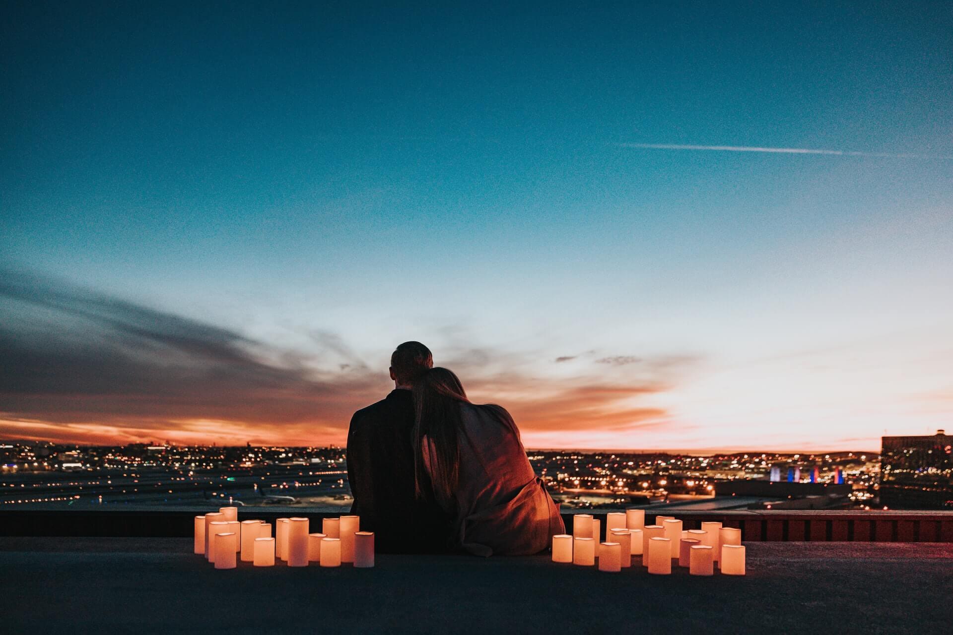 sevgi ve ifade etmek üzerine